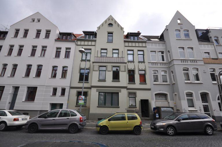 Altbau-Mehrfamilienhaus mit Garten / Aufteilerobjekt
