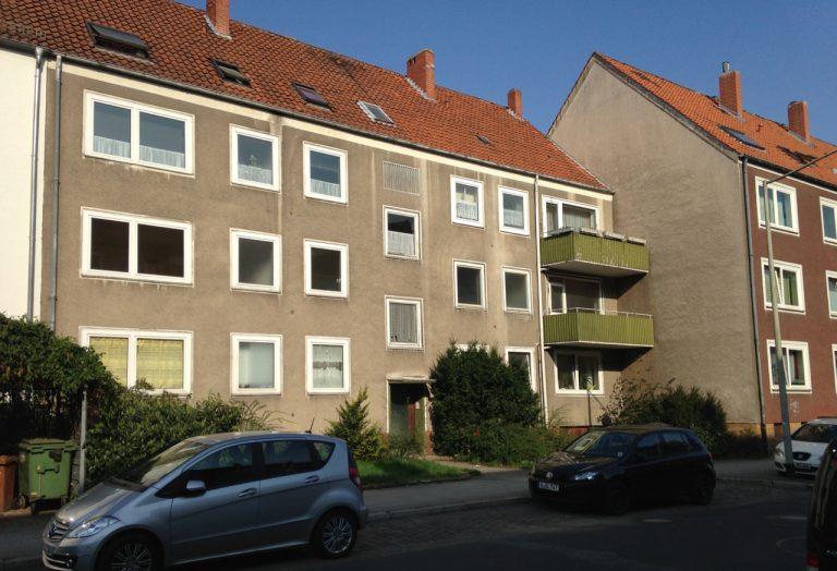 Mehrfamilienhaus mit Hinterhaus