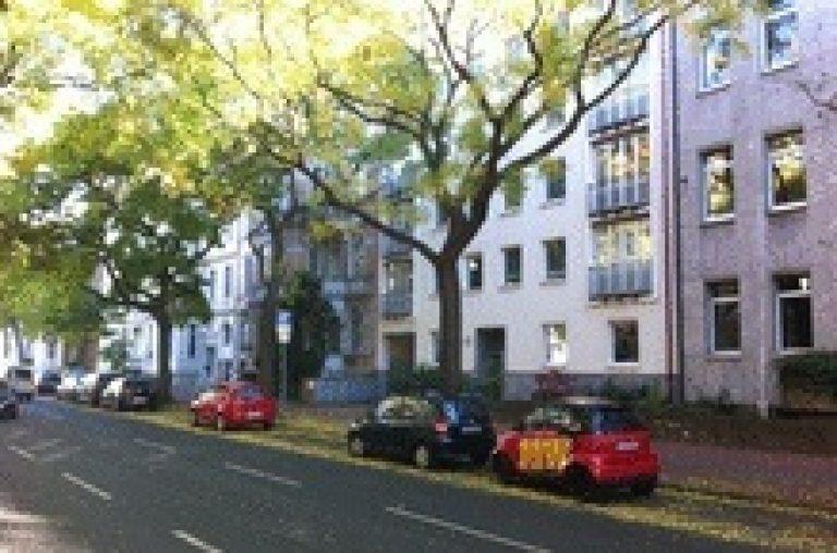 Single/Pärchen-Wohnung in einer der schönsten Straßen der List/Oststadt